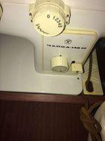 Швейная машина Чайка 142 и