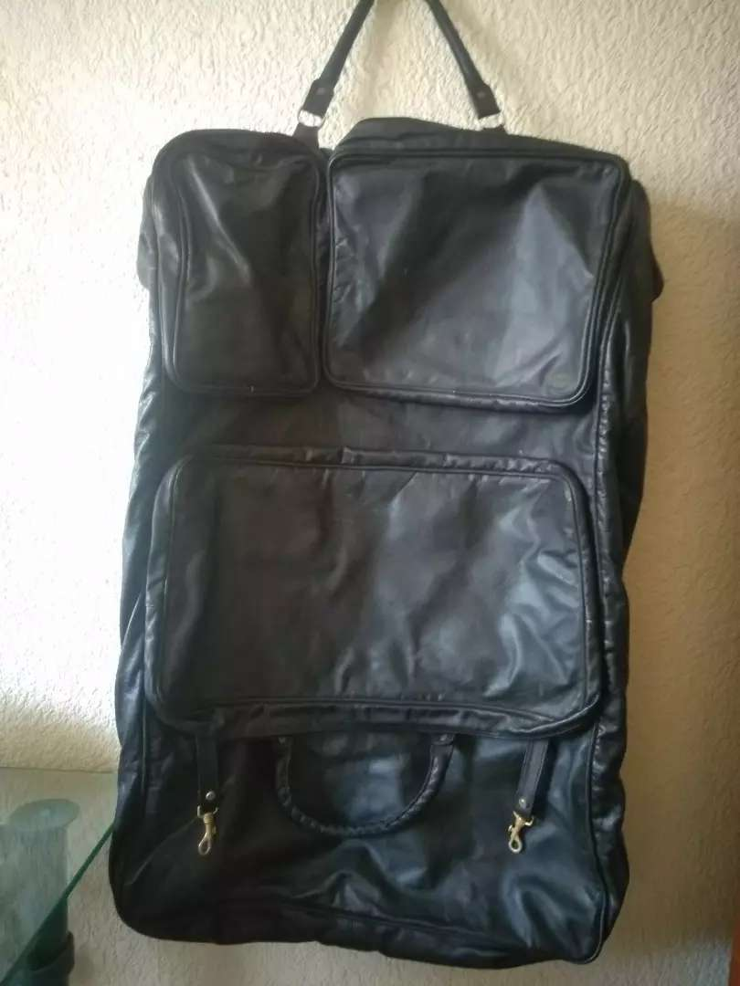 SUIT CARRIER : GENUINE LEATHER 0