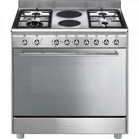 Smeg 90cm Stainless Steel Gas Electric Stove