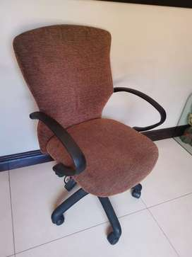 Fabric office chair in great condition