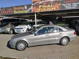 Mercedes benz E270 cdi. 250 000 km on tye clock. R79 995