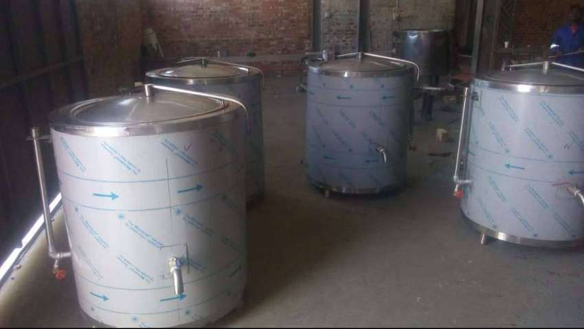 BOILING POTS, HEAVY DUTY, TILTING PANS, INDUSTRIAL STOVES  FOR SALE.