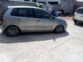 2008 model polo comes with 17s coilovers and hid kit