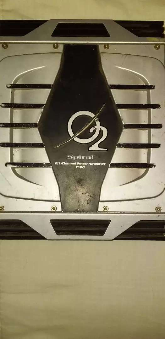 Car amp for sale