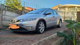 Honda civic 2011, awesome condition 1,8.very light on fuel. V-tec