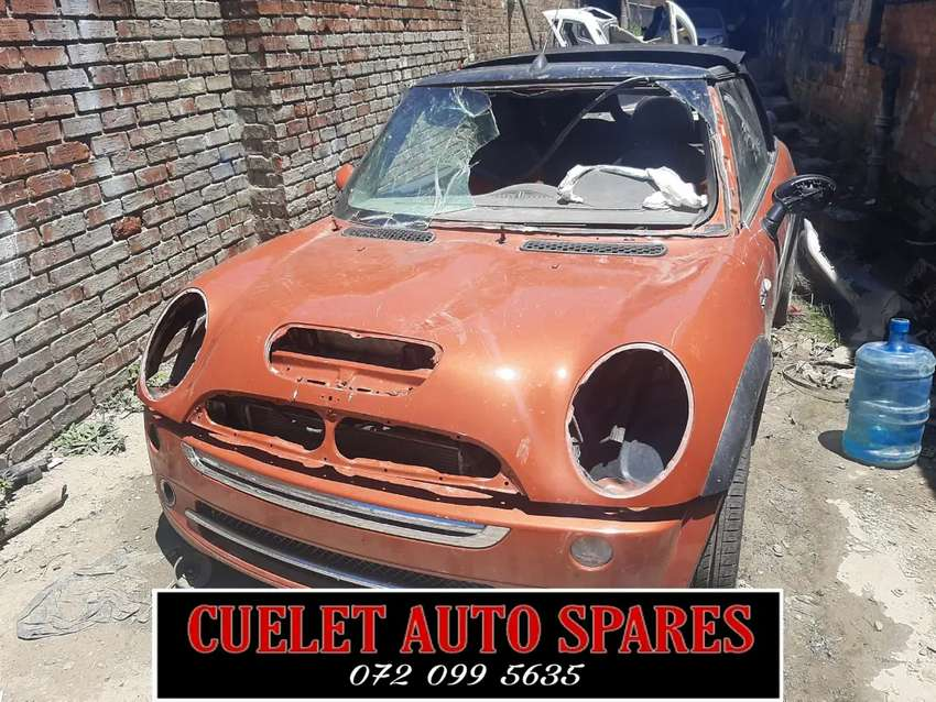 MINI COOPER 2006 STRIPPING FOR PARTS AND ACCESSORIES