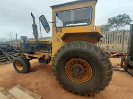 Bell tow tractor for sale