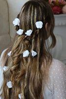 Белые цветы в волосы. Заколка, шпилька. Свадебная прическа. Украшения.