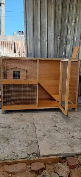 Rabbit hutch / cage R850 neg