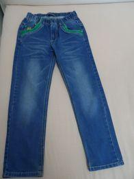 Штаны джинсы брюки на резинке на мальчика.Размер 122