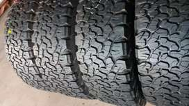 A set of quality second hand tyres sizes 265/65/18 Bf Goodrich ko2