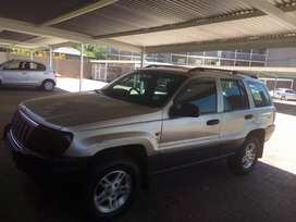 Selling Jeep Crand Cherokee CRD