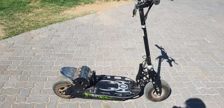 Power scooter 0