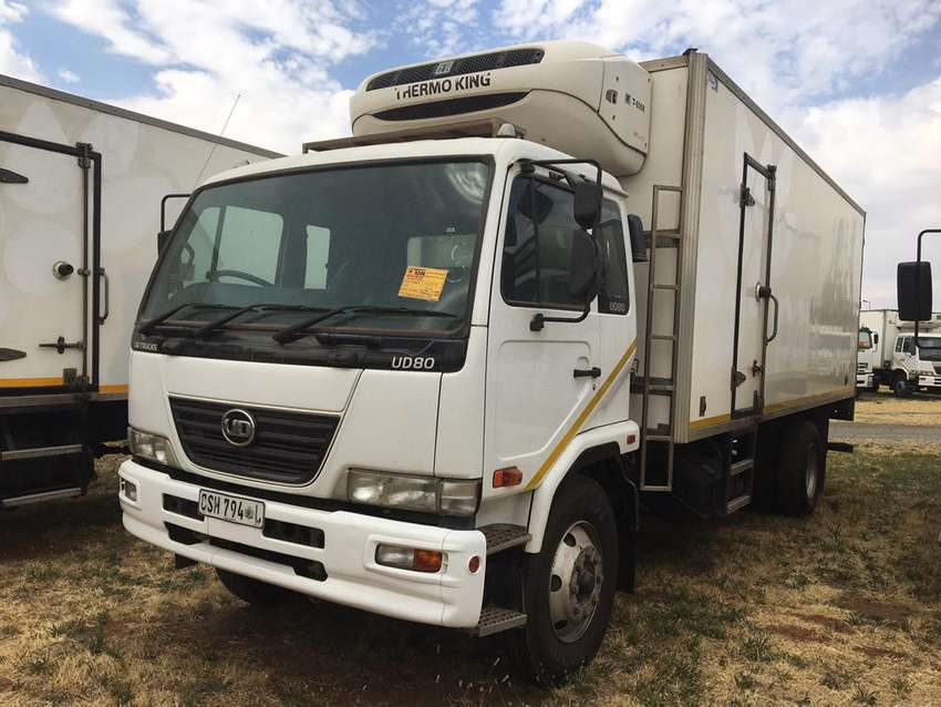 NISSAN UD80 WITH THERMOKING T600R FRIDGE 0