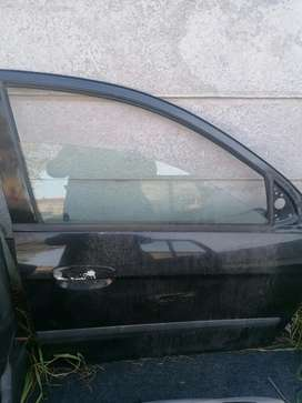 2008 KIA PICANTO LX COMPLETE DOORS OR STRIPPING..