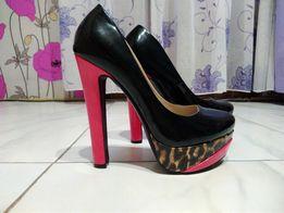 Туфли новые(39 размер)