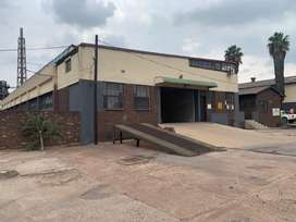 Workshop to rent in Witbank in business park