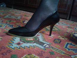 Продам новые туфли 39р. (25,5см) & Other Stories