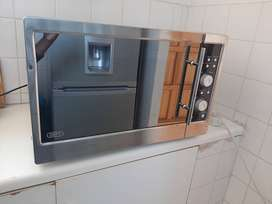 A Big Microwave At a Low Price