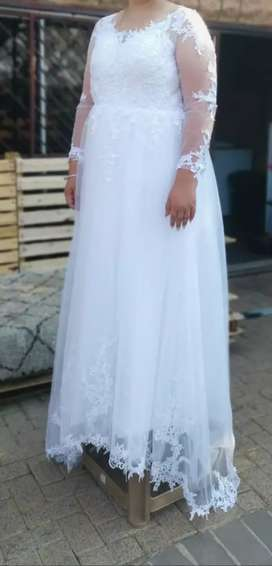 Wedding dress/trou rok