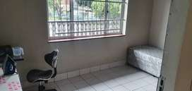 SINGLE ROOMS  TO LET AT 800 UMBILO ROAD