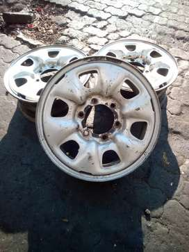 """X3 still rims for NP 300 or Toyota Hillux 16"""""""