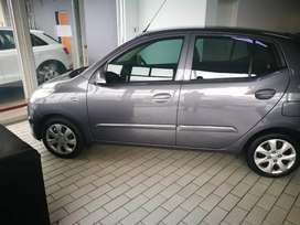 Wanted is a small car R1500 weekly