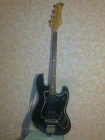 Продаётся бас-гитара