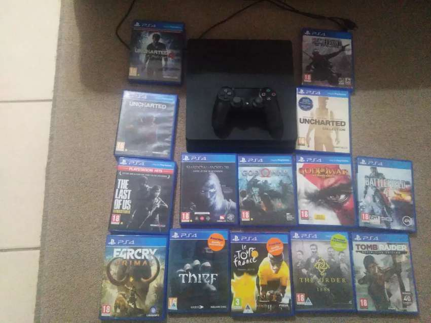 PlayStation 4 for sale 0