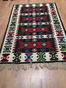 Hand woven carpet & rugs assorted sizes