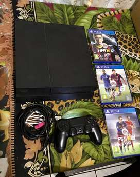 Playstation 4 in excellent working condition for sale