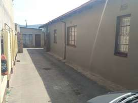 House with two bedroom flat for sale in Claremont,Pretoria
