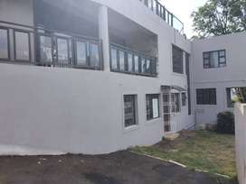 Modern 2 bedroom apartment situated in the heart of Durban North