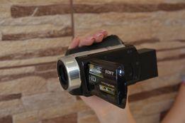 Видеокамера Sony с оптикой Carl Zeiss.