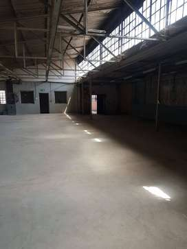 TO LET WAREHOUSE SECTION AVAILABLE