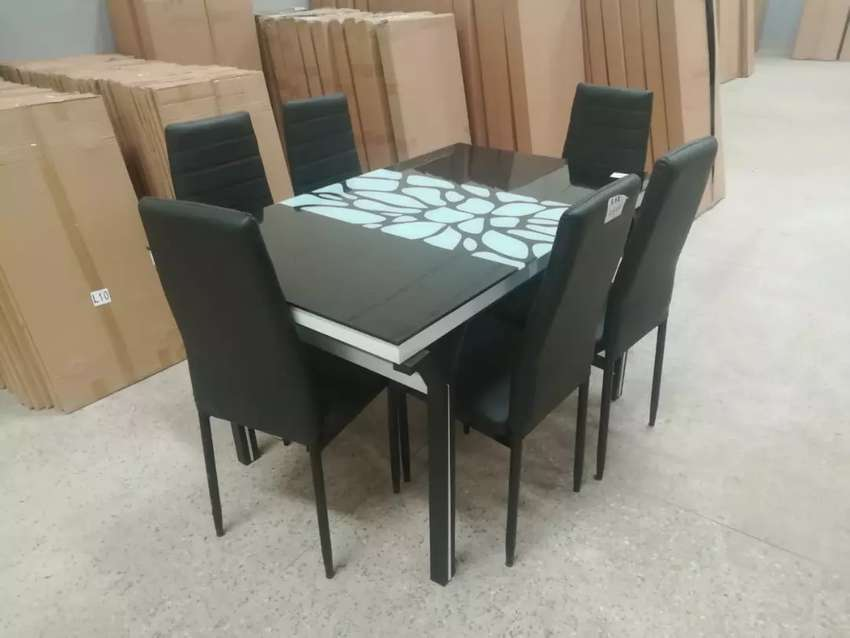 Dining table 600 0