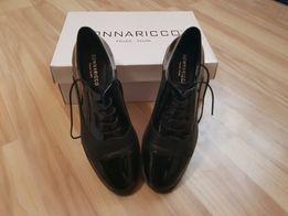 Туфлі жіночі. Кожані
