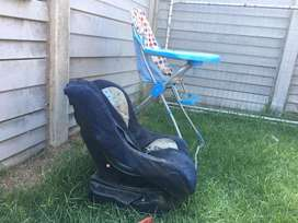 Carseat and feeder