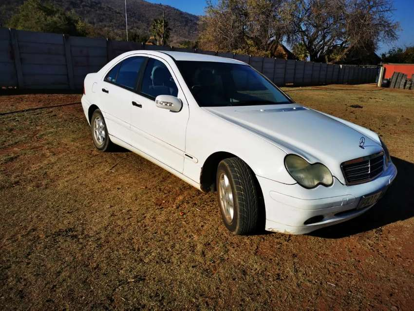 Mercedez Benz C200 0