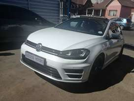 2015 Vw Golf 7R 7.5  4 motion Dsg with a sunroof