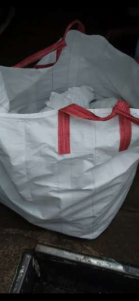 50kg and 1 ton bags