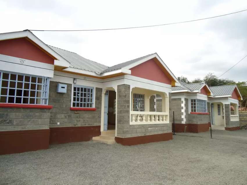 3bedroomed with a DSQ to let 0