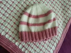 Baby blanket and beany