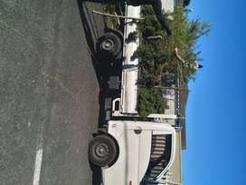 2 Tone Truck For Hire