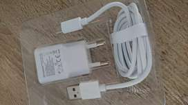 BRAND NEW WALL CHARGERS FOR ALL CELL PHONES & TABS