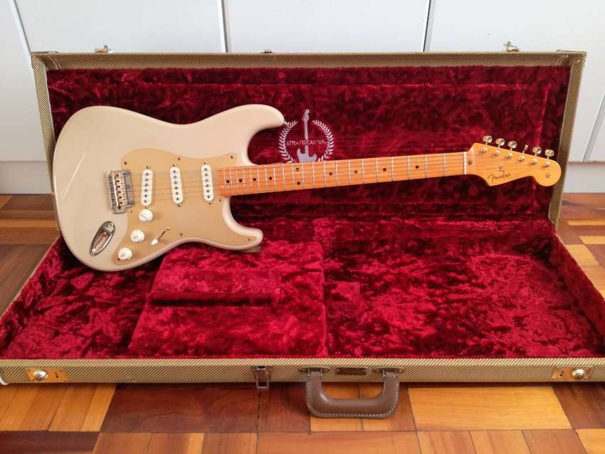 Fender 60th Anniversary Classic Player '50s Stratocaster & Tweed Case 0