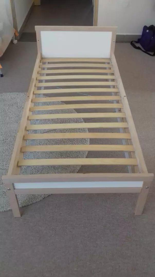 Krevetić dječji, malo korišten. U cijenu uključena podnica. 0