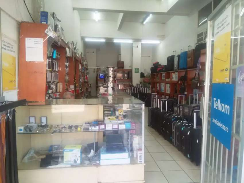 ELECTRONICS AND GADGETS SHOP FOR SALE