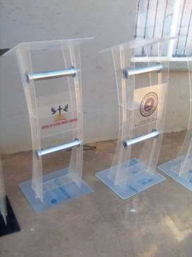 Big Bargain Cheap Podiums – Free Delivery with Free Logo!