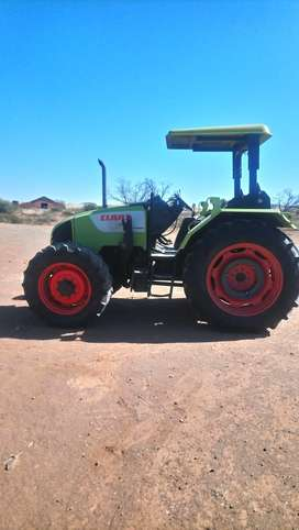 Tractor for sale,like new,Claas Celtis 456